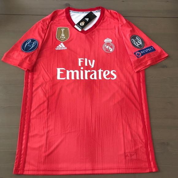 premium selection 0146b 97087 Real Madrid red Modric #10 Soccer jersey men NWT